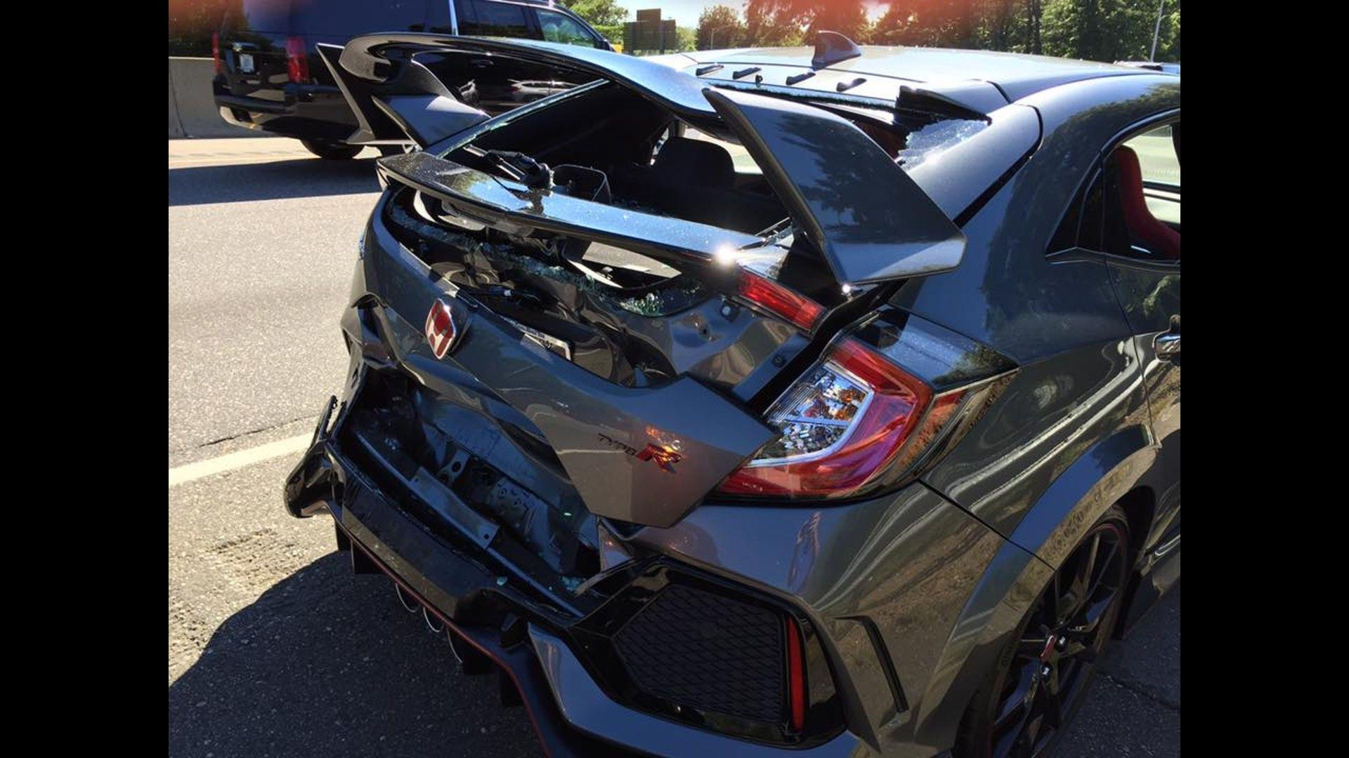 brand new honda civic type r didn 39 t even make it home from. Black Bedroom Furniture Sets. Home Design Ideas
