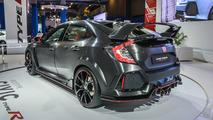 Honda Civic Type R prototype live at Montreal Auto Show
