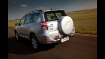 Toyota convoca 11.184 RAV4 no Brasil para reparar falha nos cintos