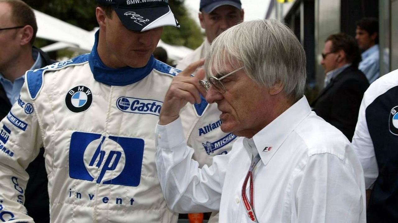 Ralf Schumacher, GER, BMW WilliamsF1 with Bernie Ecclestone, GBR, Australian Grand Prix, 07.03.2004, Melbourne, Australia