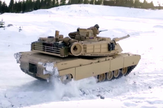 You've Never Seen an M1A1 Battle Tank Drift Like This