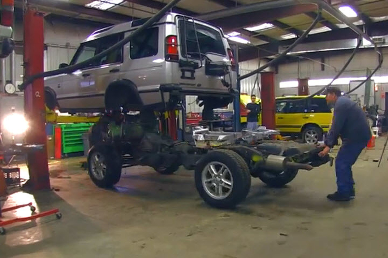 To swap a land rover discovery frame in just 4 minutes video how to swap a land rover discovery frame in just 4 minutes video publicscrutiny Gallery