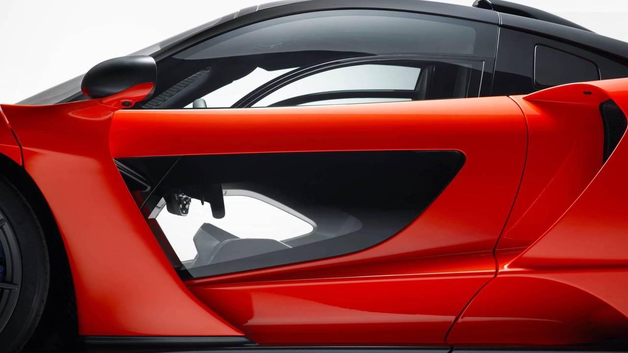 2018 McLaren Senna - Des portières transparentes
