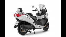Dafra lança scooter Maxsym 400i por R$ 20.990