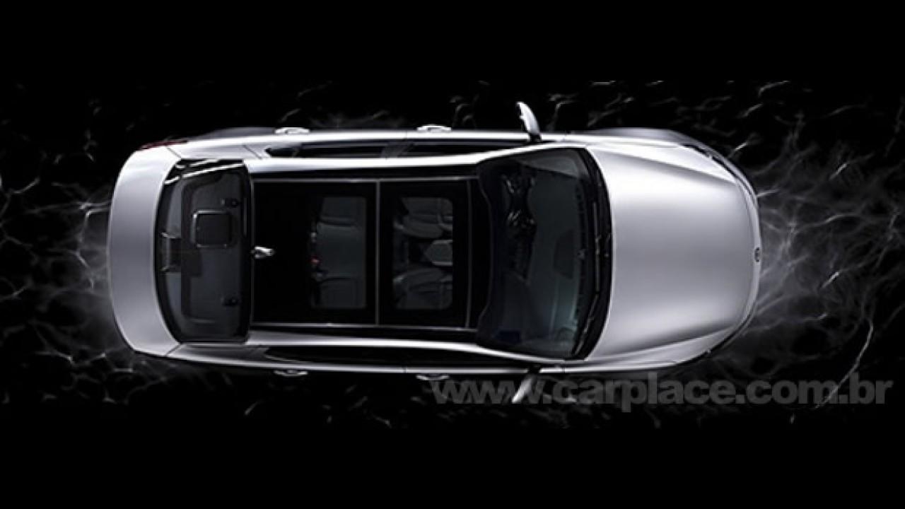 Novas imagens do Novo Kia Magentis 2011 mostram o teto de vidro panorâmico