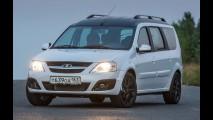 Executivos da Lada abandonam SUV da Infiniti para usar perua do Logan