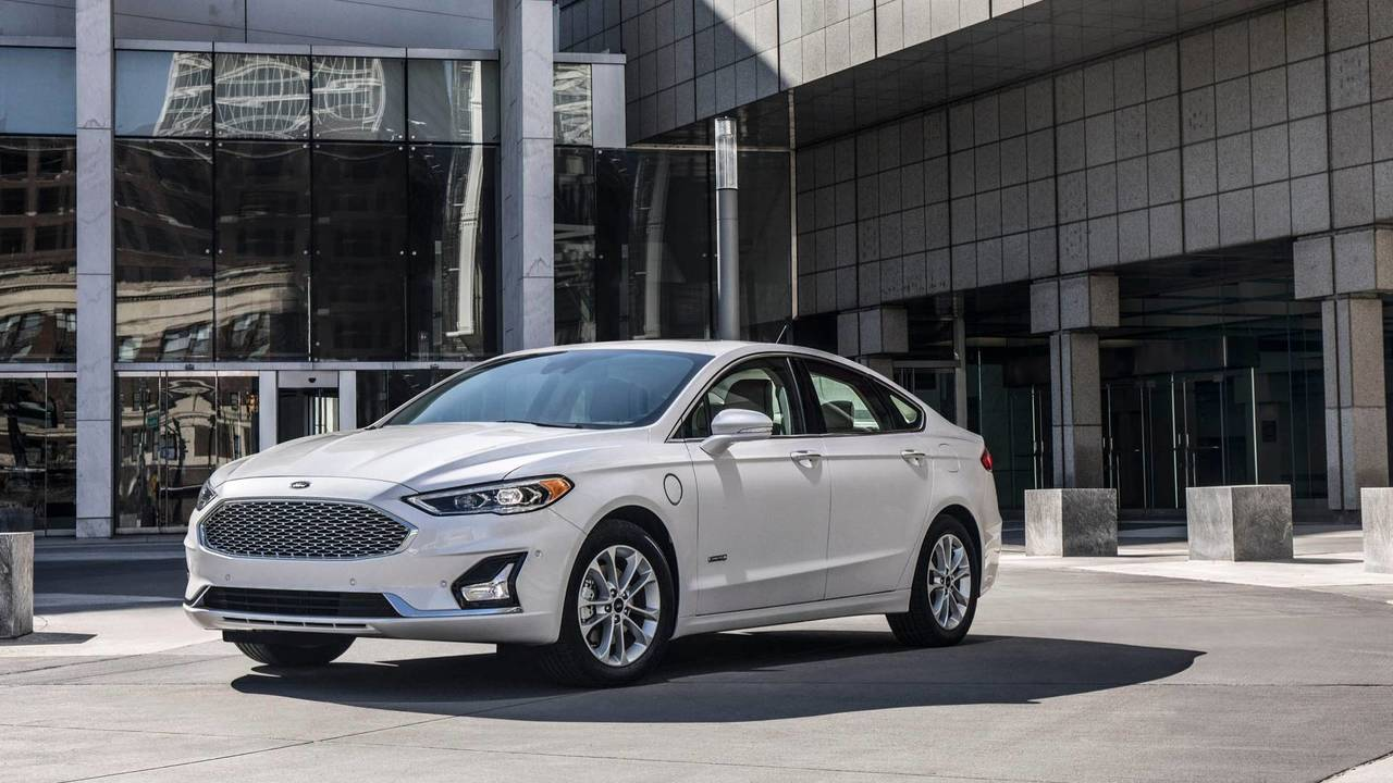 2019 Ford Fusion Gets Minor Facelift More Standard Safety