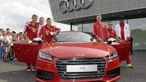 World champions at the new Audi TTS. From left: Thomas Müller, Bastian Schweinsteiger, Mario Götze, Manuel Neuer, Philipp Lahm and Jérôme Boateng