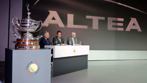 SEAT Altea is Official Car at IX SEAT Godo Open 2004