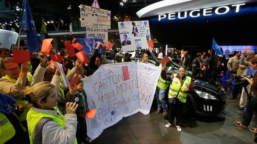 Paris police fired tear gas at a PSA Peugeot Citroen group of workers