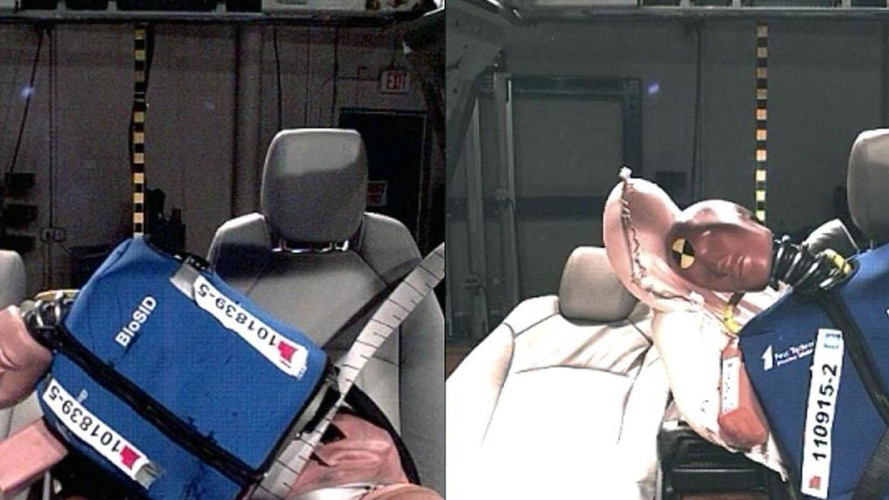 GM introduces the world's first front center air bag [video]