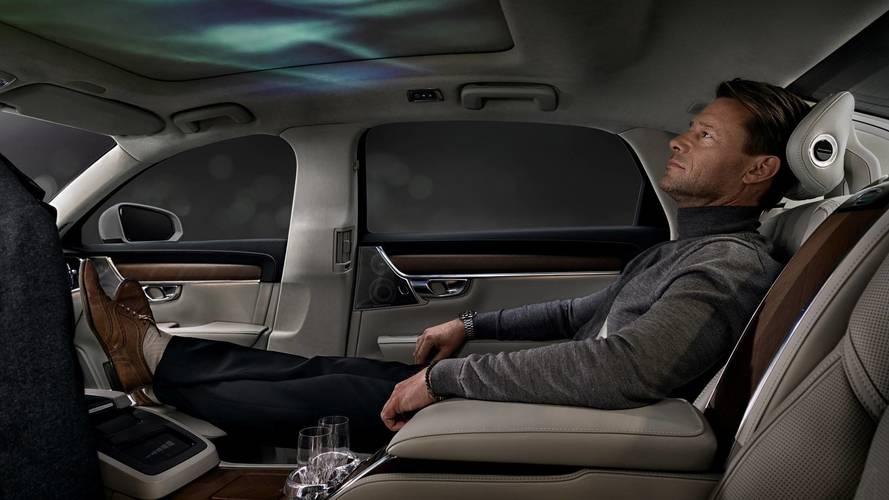Volvo S90 Ambience konsepti üç koltuklu bir koza gibi