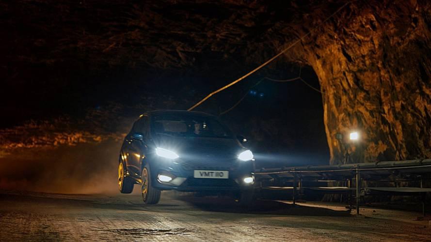 400 méterrel a felszín alatt hajtották meg az új Ford Fiesta ST-t