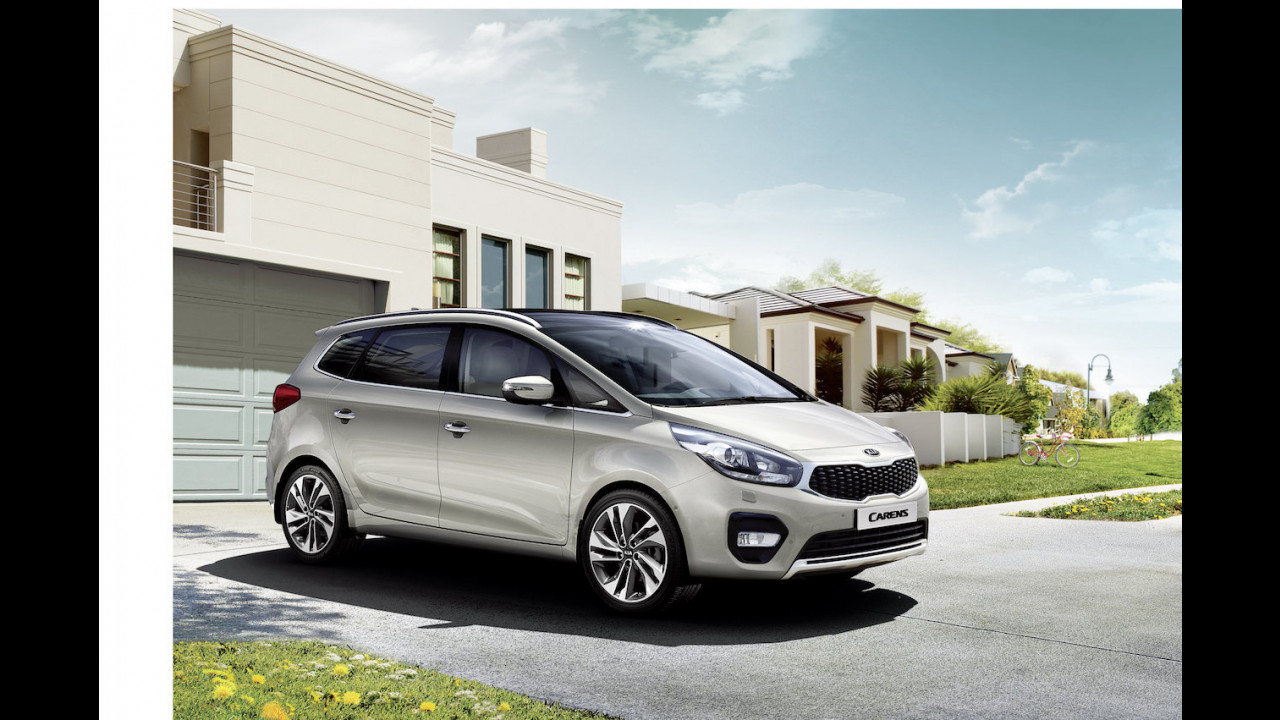 Kia Carens restyling