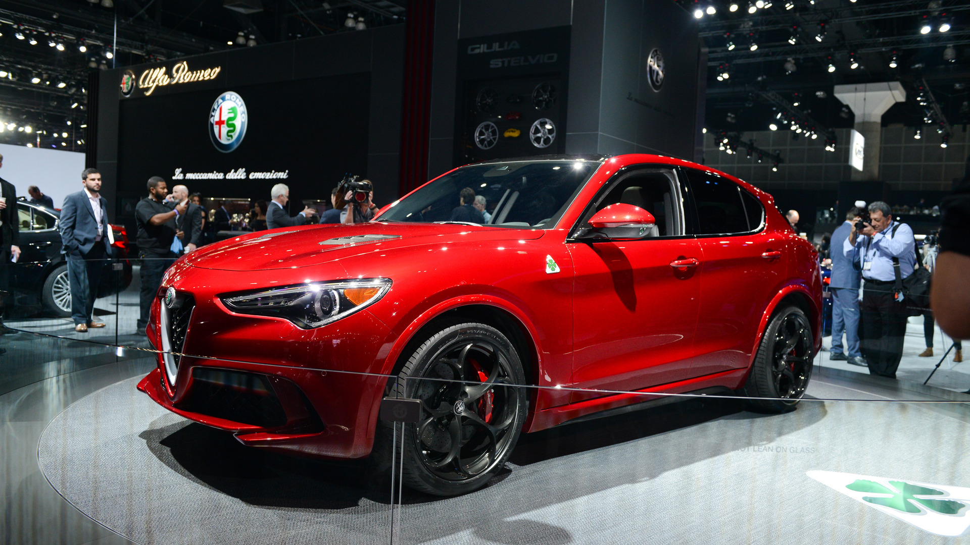 alfa romeo stelvio races into l a with 505 hp. Black Bedroom Furniture Sets. Home Design Ideas