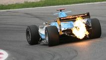 Villeneuve annoyed that F1 team plans leaked