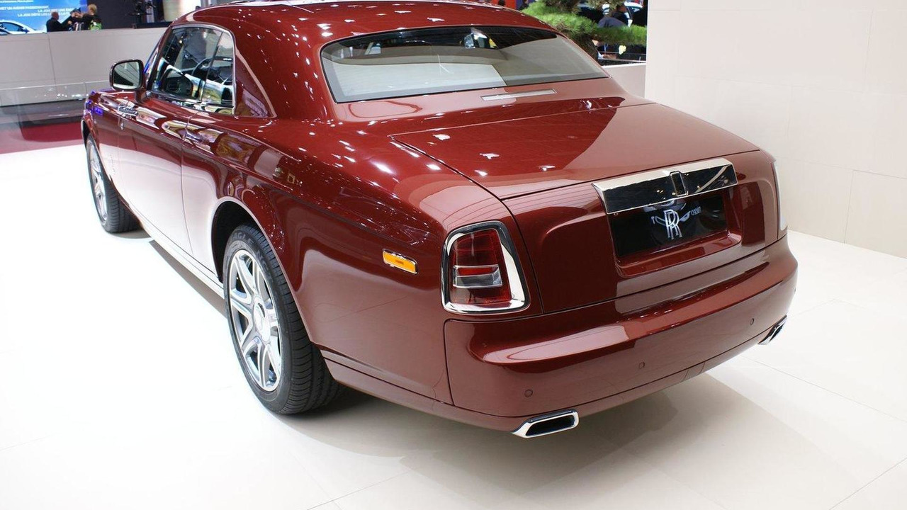 Rolls Royce Phantom Coupe live in Paris 30.09.2010