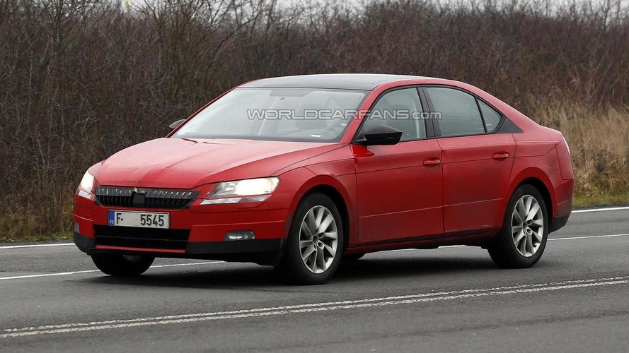 2015 Skoda Superb spied with less camouflage