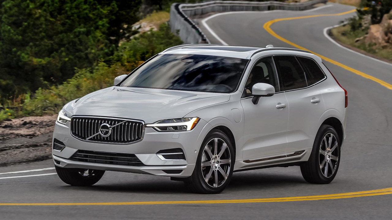 2018 Volvo Xc60 Towing Capacity >> 2018 Volvo XC60 T8 Review: Performance And Green In One