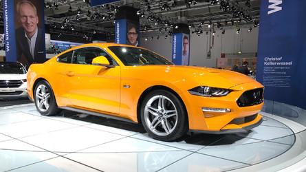 Hivatalosan, közönség előtt is bemutatkozott az európai piacra készített Mustang