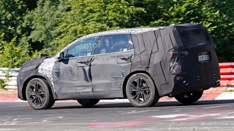 Yeni Hyundai Santa Fe Nürburgring'de görüldü