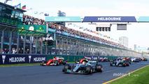 Start- Lewis Hamilton, Mercedes AMG leads