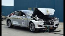 Tesla contesta NHTSA e exige nota superior a 5 para o Model S