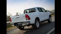 Toyota Hilux terá inédita versão híbrida na próxima geração