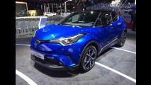 Paris: Toyota C-HR surpreende pelo refinamento e seria uma boa pedida para o Brasil