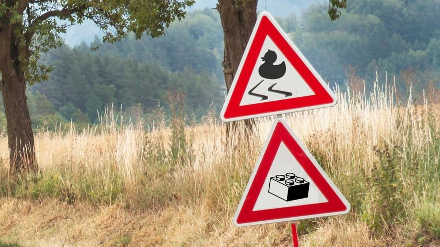 10 Crazy Highway Spills That Are Weird, Gross, And Hilarious