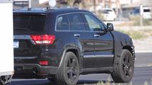 Jeep Grand Cherokee SRT8 spied