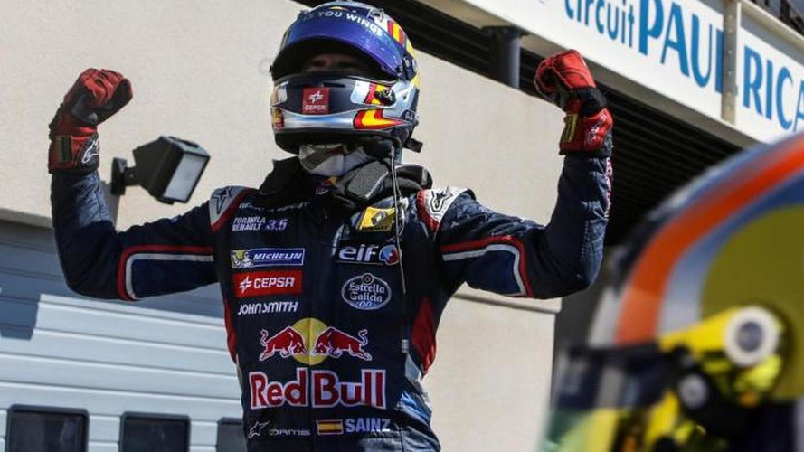 Toro Rosso hopeful Sainz 'patient' amid Vergne reports