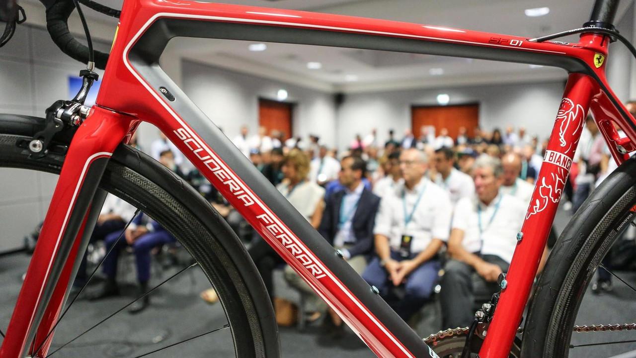 Bianchi SF01 bisiklet