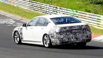 BMW 7 Series facelift spy photo