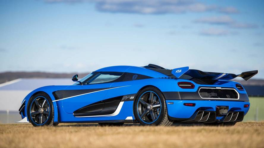 Koenigsegg Agera RS Reaches 242 MPH In Less Than 1.3 Miles