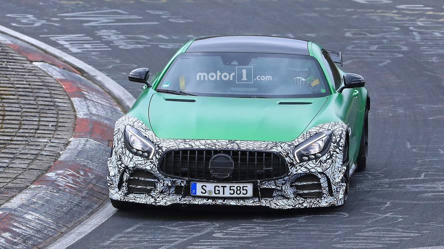 2019 Mercedes-AMG GT R facelift spy photos