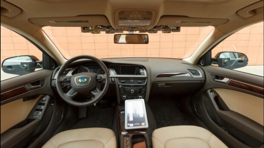 Guida autonoma: gli italiani ci pensano, l'Italia no