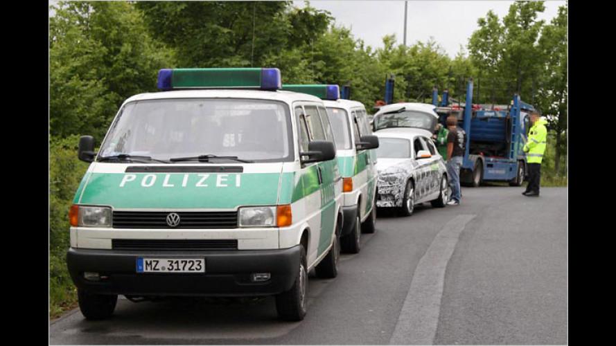 Neuer BMW 1er: Erlkönig von der Polizei erwischt