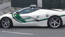 Ferrari LaFerrari Dubai Police car rendering / Alex