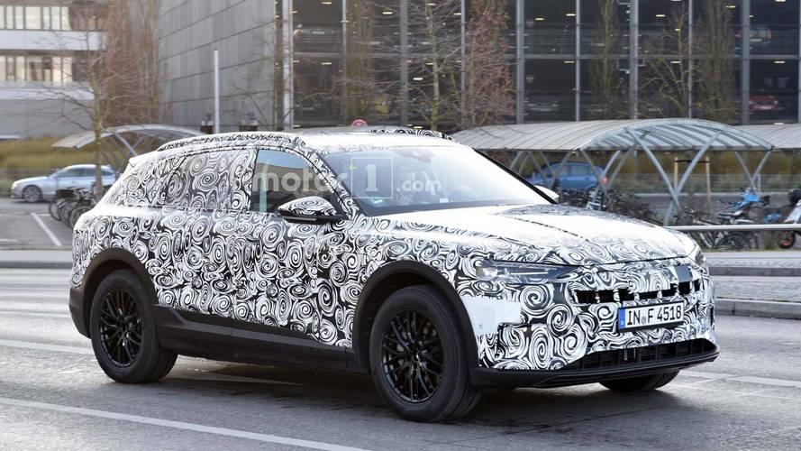 Audi'nin elektrikli SUV'u kamuflajlı olarak görüntülendi