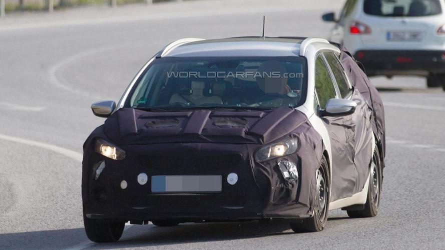 2016 Kia Cee'd Sportswagon spied in the mountains