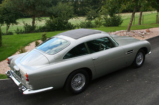 Aston Martin DB5 Worthy of James Bond Set for Nov. Auction