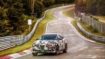Alfa Romeo Stelvio Quadrifoglio récord Nürburgring