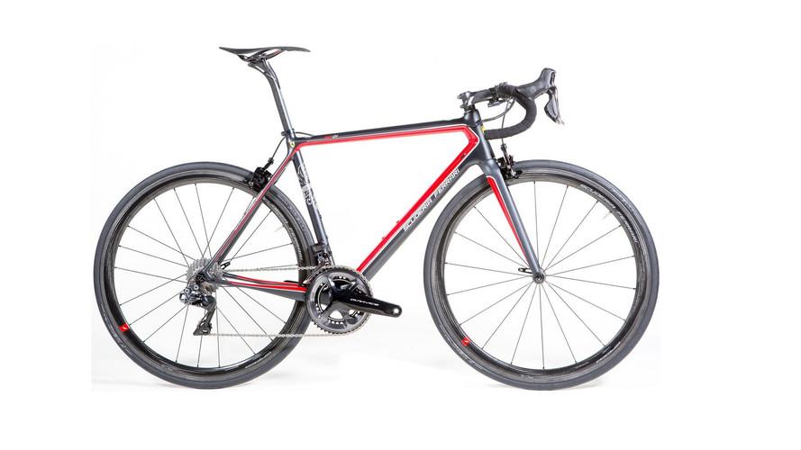 Bianchi'den F1 havası estiren Ferrari bisikleti