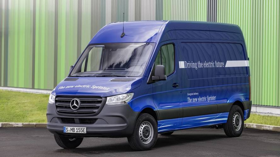 mercedes le nouveau sprinter marque une r elle volution. Black Bedroom Furniture Sets. Home Design Ideas