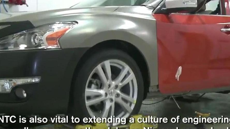 2013 Nissan Altima leaked