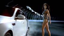 Super Bowl: Modelo brasileira Adriana Lima está no comercial do Kia Optima nos Estados Unidos
