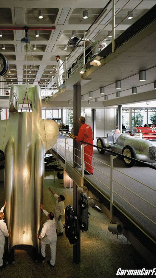 The Mercedes-Benz Museum is on the Move