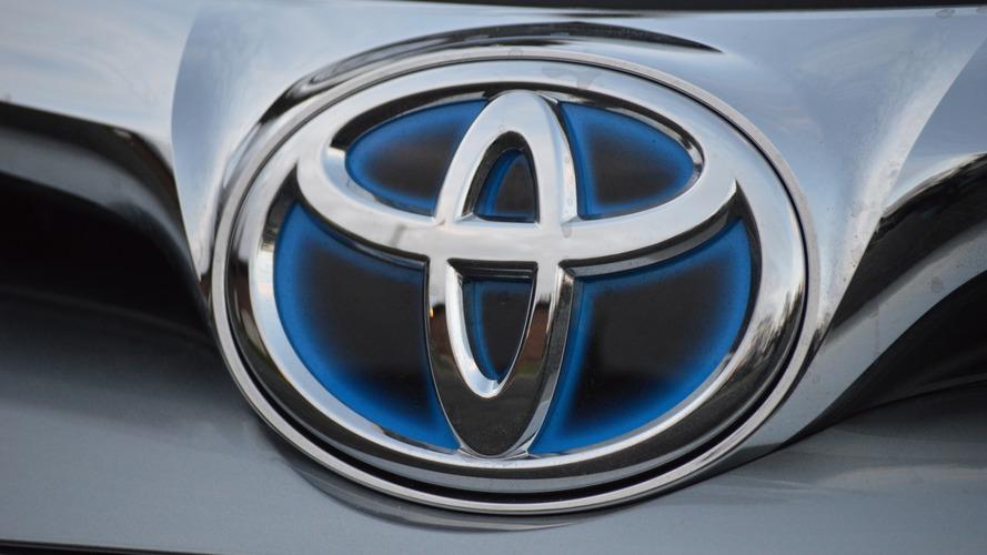 Tested: 2016 Toyota Avalon Hybrid