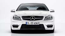 Fifth Gear tests the Audi RS5 & Mercedes C63 AMG Coupe [video]
